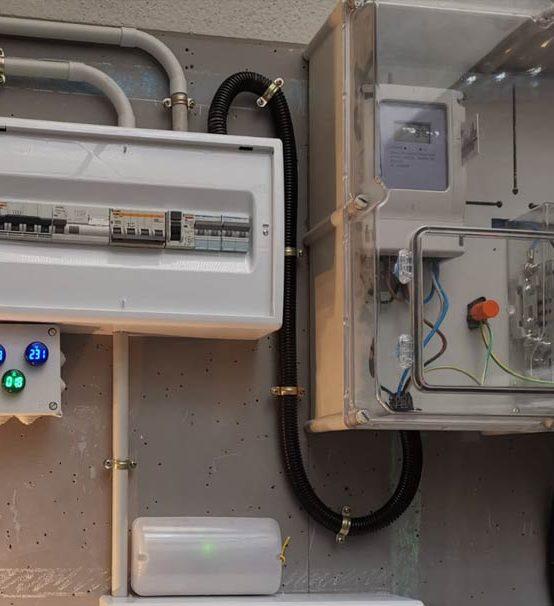 Curso de Montaje y Mantenimiento de Instalaciones Eléctricas de baja tensión